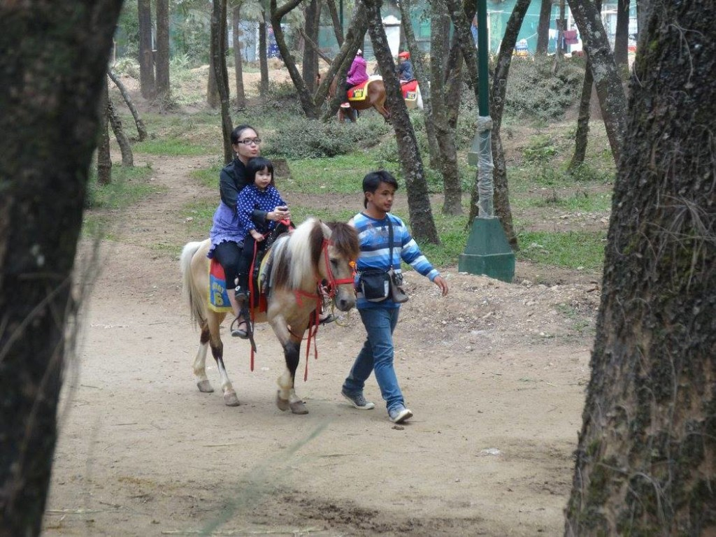 baguio-itinerary-3-days-2-nights-horse-riding